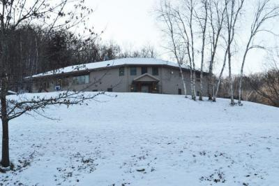 Photo of N2053 Green Glen Dr, Greenfield, WI 54601