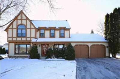 Photo of 3055 S 145th Ct, New Berlin, WI 53151