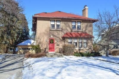 Photo of 6642 Revere Ave, Wauwatosa, WI 53213