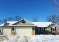 1525 Mulberry St, Hartford, WI 53027