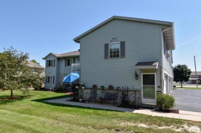 Photo of 2030 Meadow Ct, West Bend, WI 53095