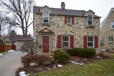 Photo of 1947 N 85th St, Wauwatosa, WI 53226
