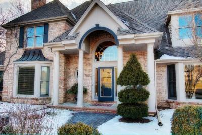 Photo of 5339 W River Trl, Mequon, WI 53092