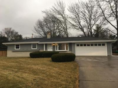 Photo of 12143 W Janesville Rd, Hales Corners, WI 53130