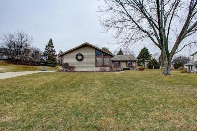 Photo of 10324 W Spring Green Rd, Greenfield, WI 53228