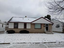3816 N 83rd St, Milwaukee, WI 53222