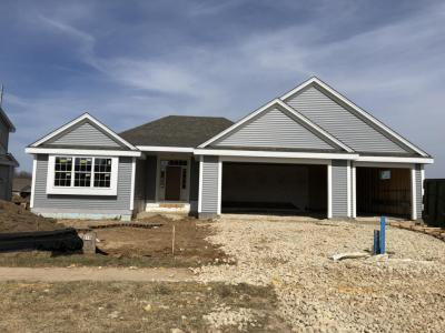 Photo of 219 Reeds Dr, West Bend, WI 53095