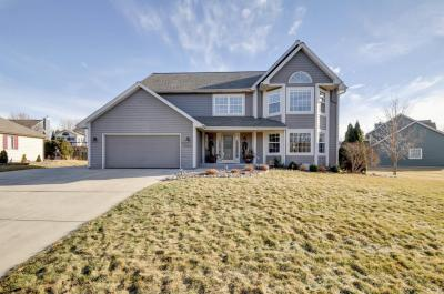 Photo of W171N5001 Old Hickory Rd, Menomonee Falls, WI 53051