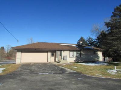 Photo of 6326 Johnston Dr, Two Rivers, WI 54241