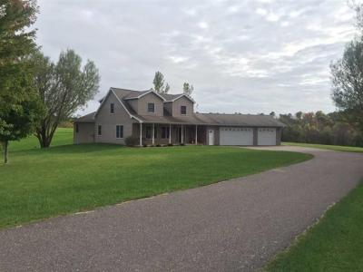 Photo of 21551 Elgin Ave, Greenfield, WI 54660