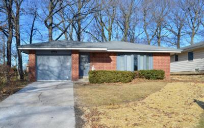 Photo of 4624 W Tesch Ave, Greenfield, WI 53220