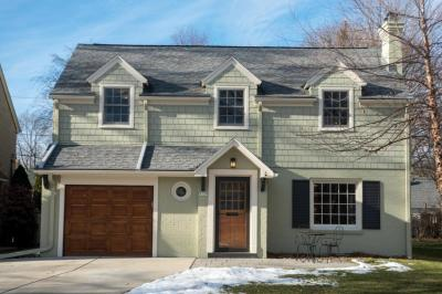 Photo of 5129 N Hollywood Ave, Whitefish Bay, WI 53217