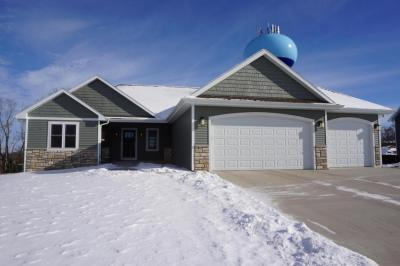 Photo of 441 Western Ct, West Bend, WI 53095