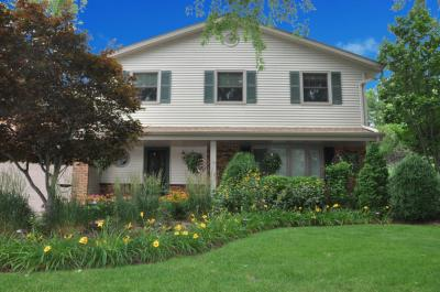 Photo of 11748 W Waterford Ave, Greenfield, WI 53228