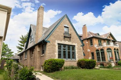 Photo of 4055 N Newhall St, Shorewood, WI 53211