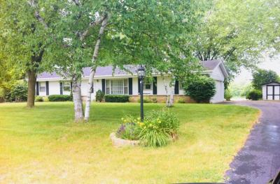 Photo of 2160 Ridgewood Rd, Grafton, WI 53024