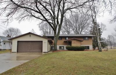 Photo of 1215 Richards Ave, Watertown, WI 53094