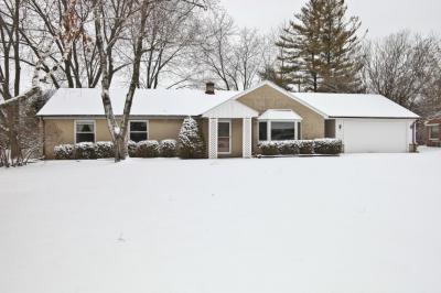 Photo of 231 Park Crest, Thiensville, WI 53092