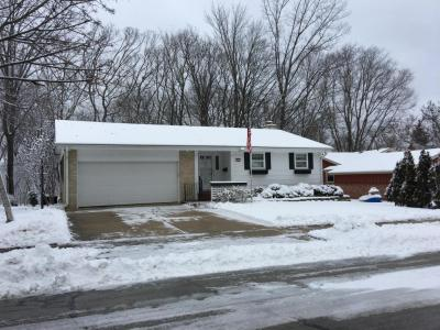 Photo of 5425 Montgomery Dr, Greendale, WI 53129