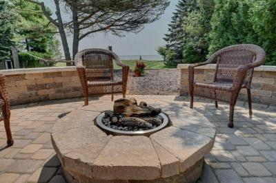 Photo of 235 Park Rd, Two Rivers, WI 54241