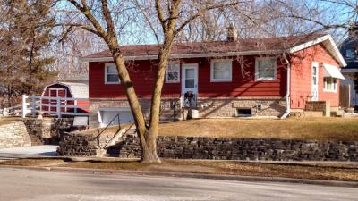 Photo of 1232 Columbia Ave, South Milwaukee, WI 53172