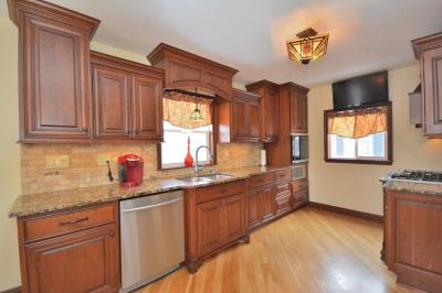 Photo of 2456 S 83rd St, West Allis, WI 53219