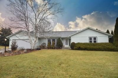 Photo of 13440 W Wembly Ct, New Berlin, WI 53151
