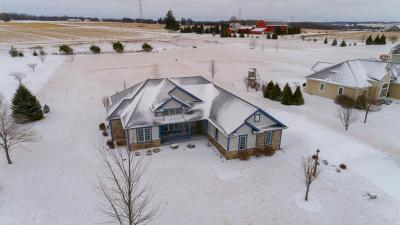 Photo of 2938 Crosswind Trl, Jackson, WI 53037
