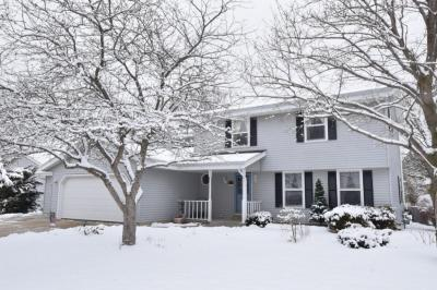 Photo of 10420 W College Ave, Hales Corners, WI 53130