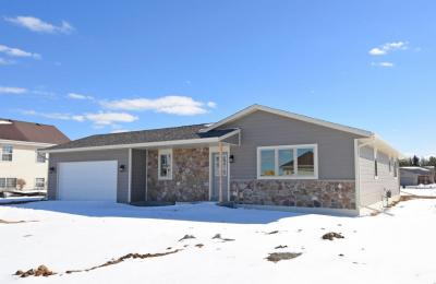Photo of 204 Maries Way, Random Lake, WI 53075