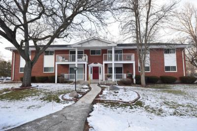 Photo of 210 Williamsburg, Thiensville, WI 53092
