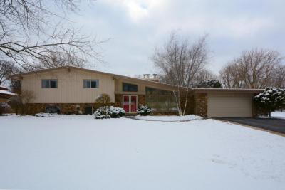 Photo of 1141 W Montclaire Ave, Glendale, WI 53217