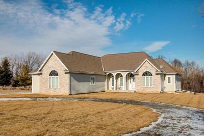 Photo of 3292 Pleasant Hill Rd, Richfield, WI 53076