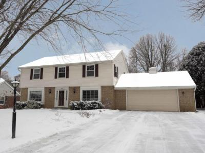 Photo of 336 Crescent Ln, Thiensville, WI 53092