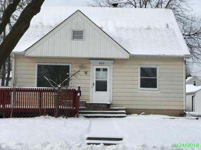 Photo of 859 S 74th St, West Milwaukee, WI 53214