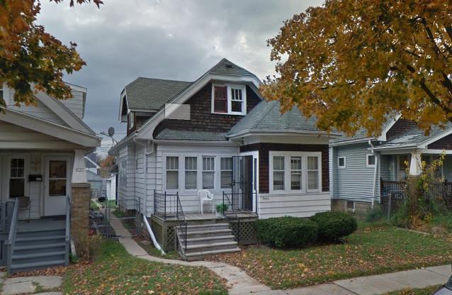 4731 N 40th St, Milwaukee, WI 53209