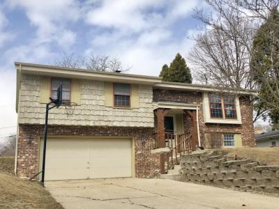 Photo of 12232 W Ohio Ave, West Allis, WI 53227
