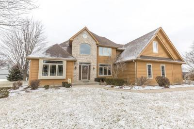 Photo of N18W29868 Crooked Creek Rd, Delafield, WI 53072