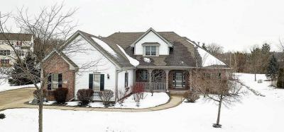 Photo of 2922 River Valley Rd, Waukesha, WI 53189