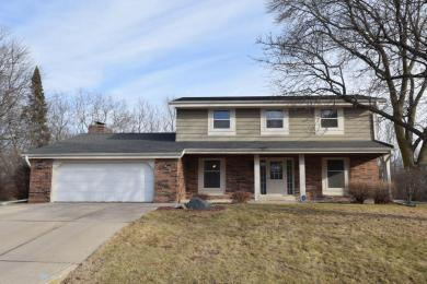 6970 N Park Manor Dr, Milwaukee, WI 53224