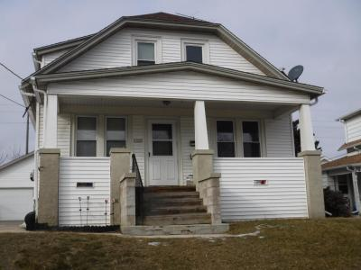 Photo of 1222 S 18th St, Manitowoc, WI 54220