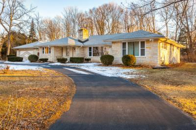 Photo of 7937 W Holmes Ave, Greendale, WI 53220