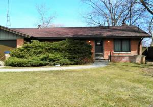 Photo of 11441 Lakeshore Dr, Kenosha, WI 53158
