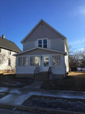 Photo of 823 Marquette Ave, South Milwaukee, WI 53172