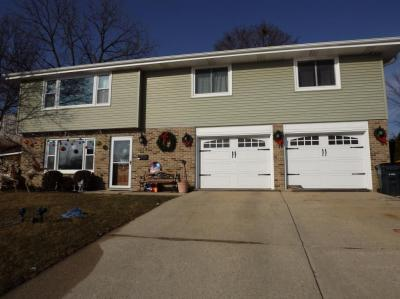 Photo of 714 S Kuester Ln, West Bend, WI 53090