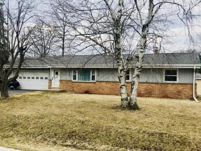 Photo of 8647 N 56th St, Brown Deer, WI 53223