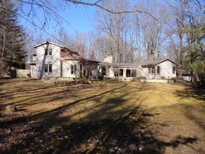Photo of 8244 N Gray Log Ln, Fox Point, WI 53217