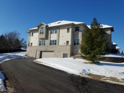 Photo of 450 N Silverbrook Dr, West Bend, WI 53090