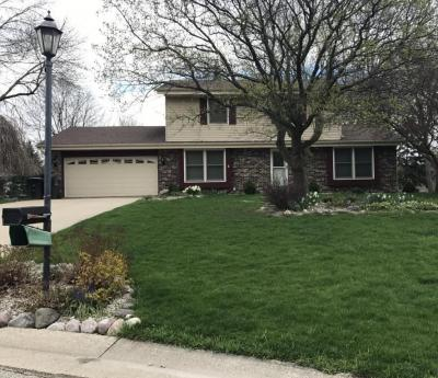 Photo of W221N2766 Hickorywood Ct, Pewaukee, WI 53186