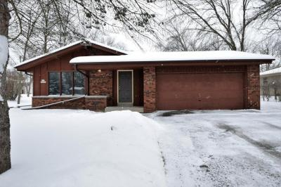 Photo of S70W16987 Hedgewood Dr, Muskego, WI 53150